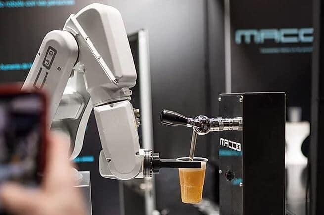 macco robotics-robot